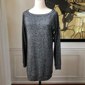 Athleta Luxe Pose Top M Charcoal Heather 721605